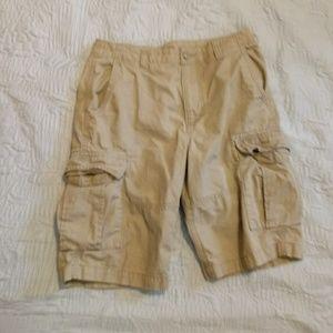 🍁🔸 Old Navy🔸 Cargo shorts